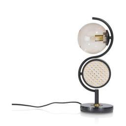 Stolna svjetiljka, Lia